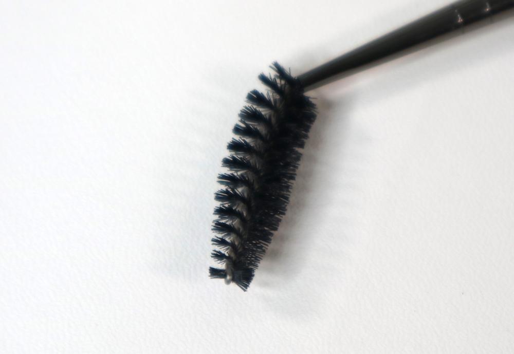 #272 Eyelash Brush