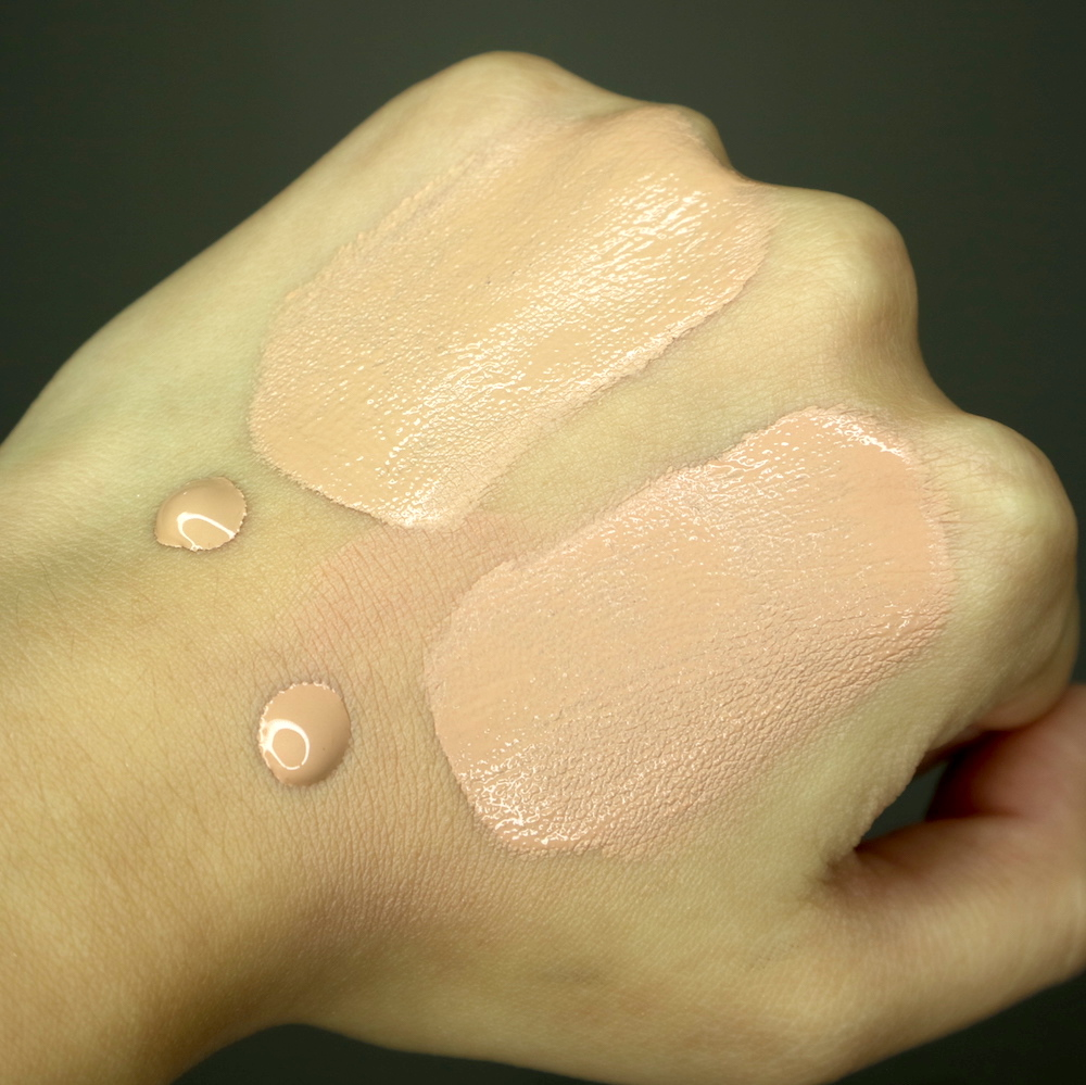 T-B: Kate Powderless Liquid in OC-C vs. Kate Powdery Skin Maker in 02, fresh swatch