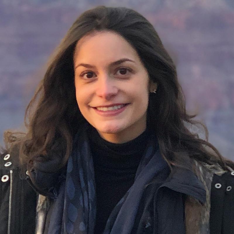 "Alexa Schwarz | '18 - Senior Product Manager, Amazon - Amazon Prime + Whole Foods MarketAlexaschwarz@gmail.comAsk me about: ""Consumer retail, direct-to-consumer startups, e-commerce marketplaces, omnichannel retail, Amazon"""