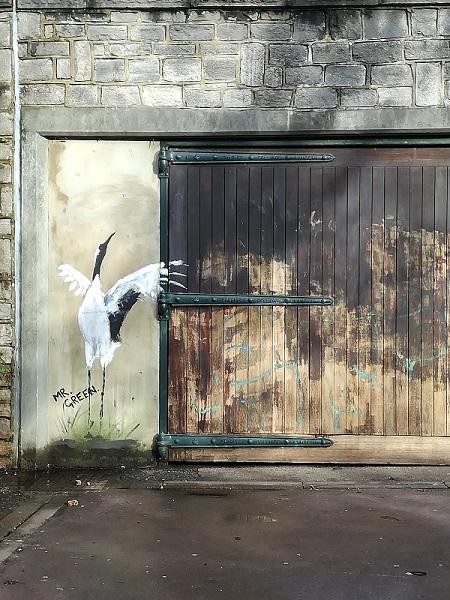 Graffiti in gardens