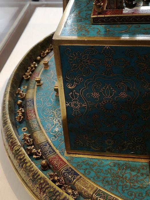 Cloisonné mandala - detail