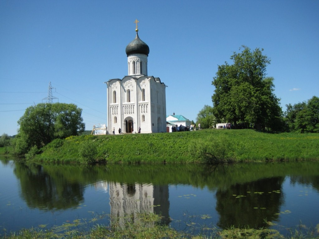 Church on Nerli river.jpeg