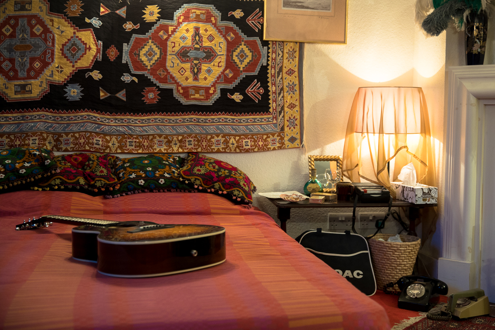 Hendrix Bed