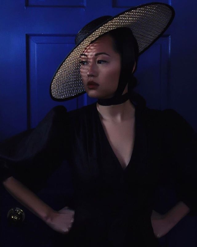 This is one of the new caning hats. It is made out of a straw typically used for furniture making. Paired with one of my linen dresses. @troispetitesfilles purchased them for her birthday. I only have few of these hats. If you are interested contact me directly. Photo by @troispetitesfilles #millinery #hats #dresses #linendress #hatmaker #behidadolicmillinery #behidadolic #hudsonvalley #hudsonny