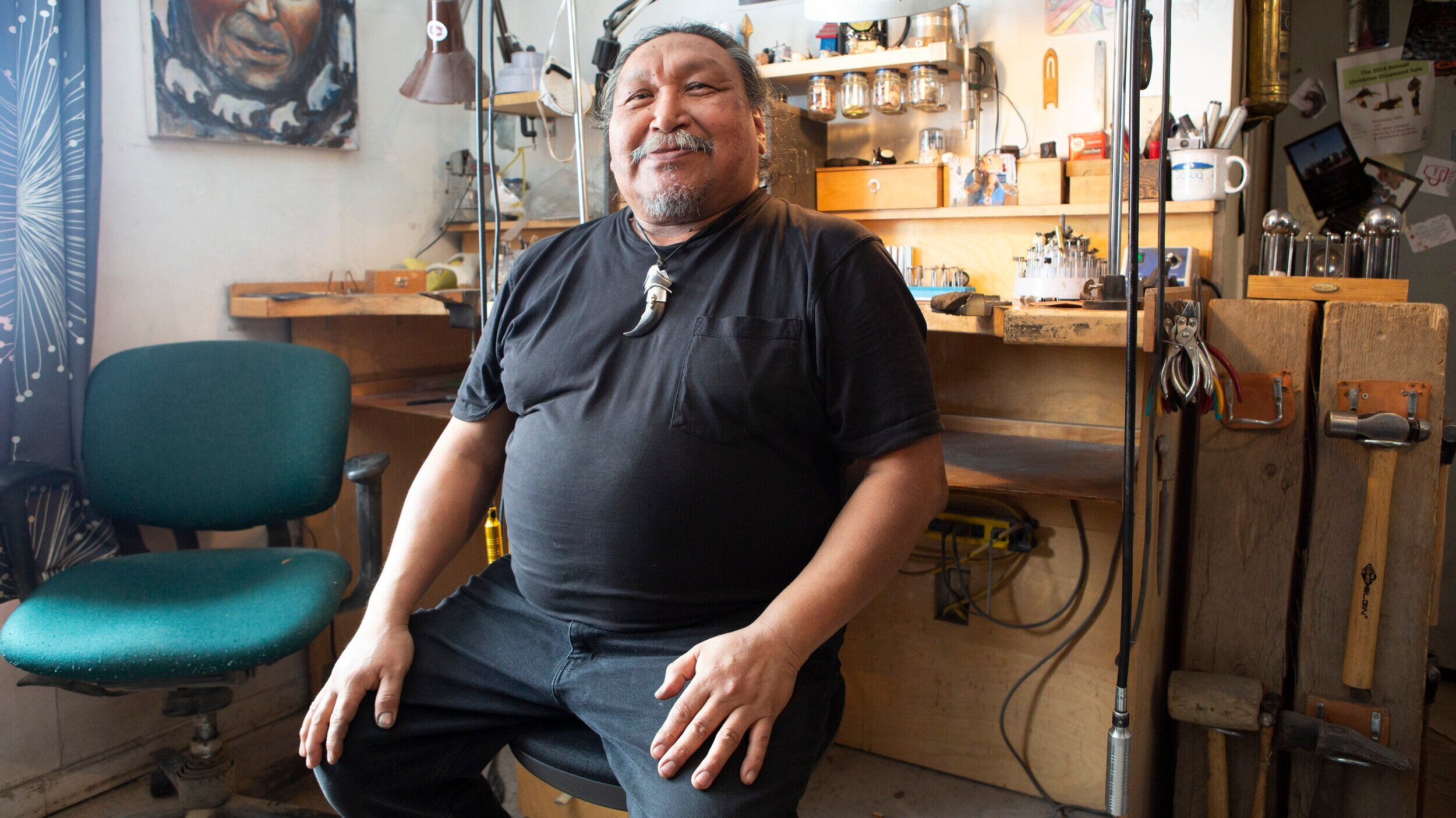 Meet Mathew Nuqingaq, Inuit Jeweler to Royals, Rock Stars, and Paris Fashion Week - Mathew Nuqingaq, a jeweler and artist in Canada's Arctic, shows The Daily Beast inside his unique studio. 'You can say so much with very little,' he says.