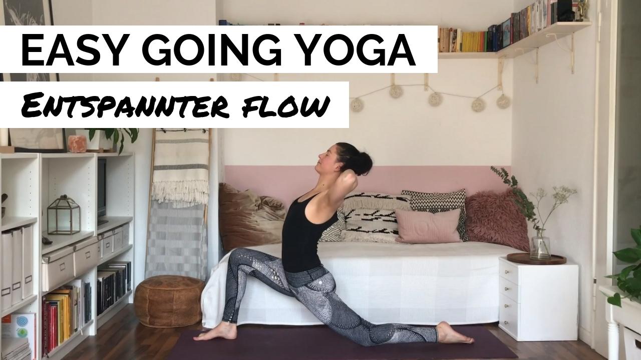 Ein entspannter Yoga-Flow für mehr Lockerheit - YouTube Video