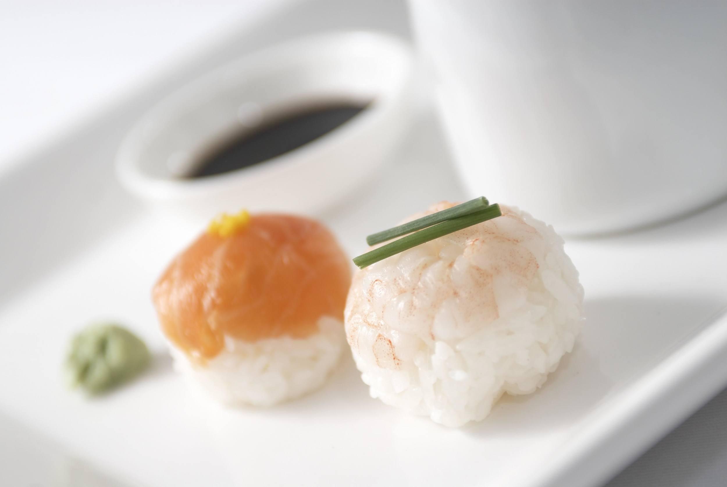 sushi-prawn-salmon.jpg