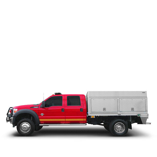 Simpcw First Nation   Built on a Ford F-550, Simpcw First Nation's Light Attack Engine features a CAFS, 12 000 LBs Winch, Whelen Lights and Pan Doors.