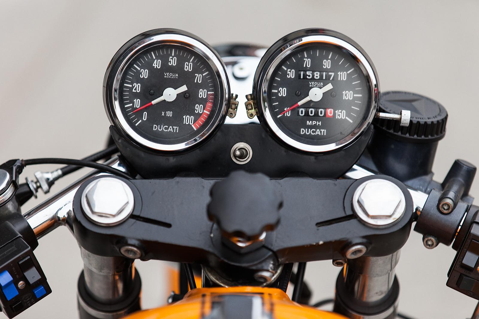 1974 Ducati 750S gauges