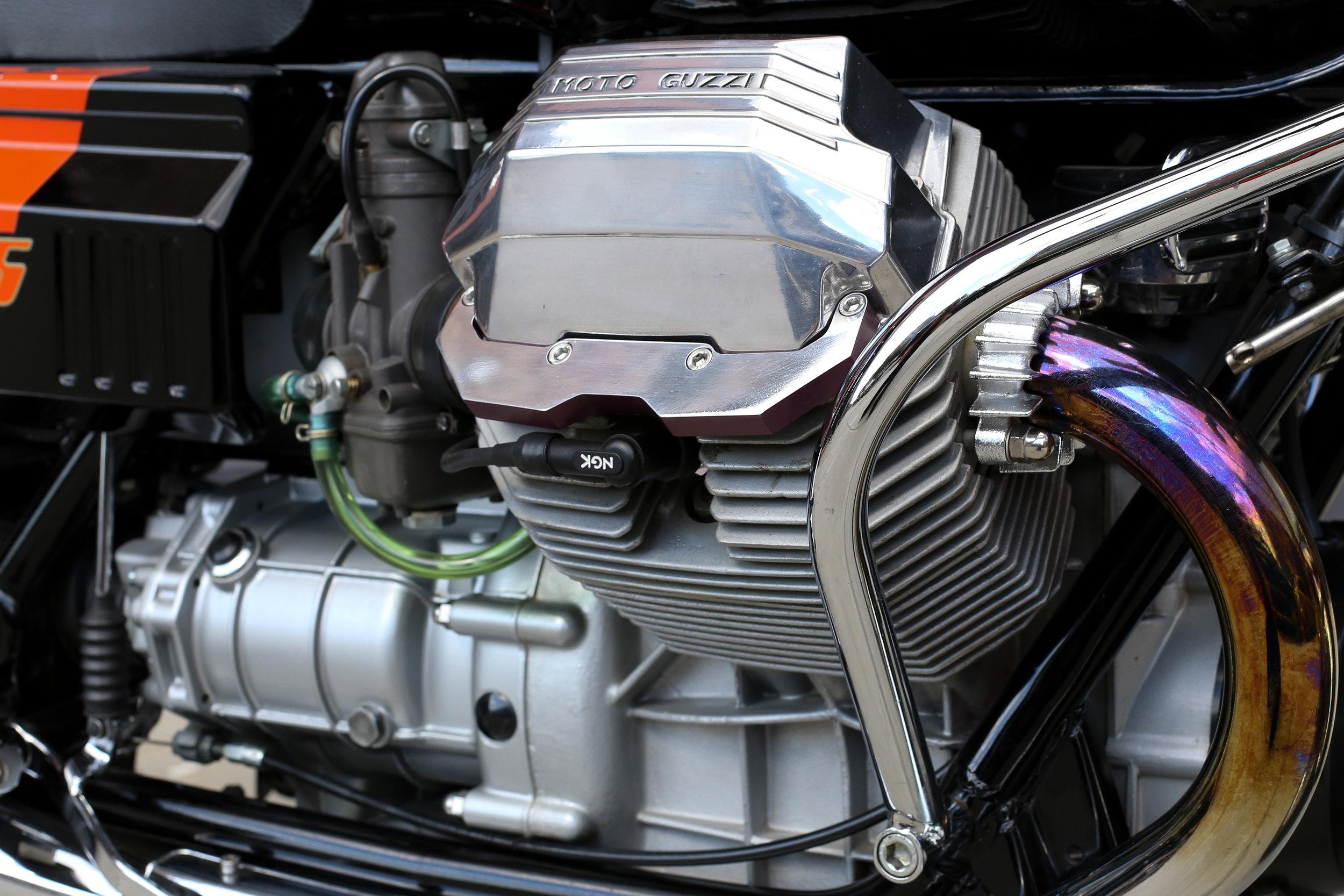 Moto Guzzi 1000S Head Cover