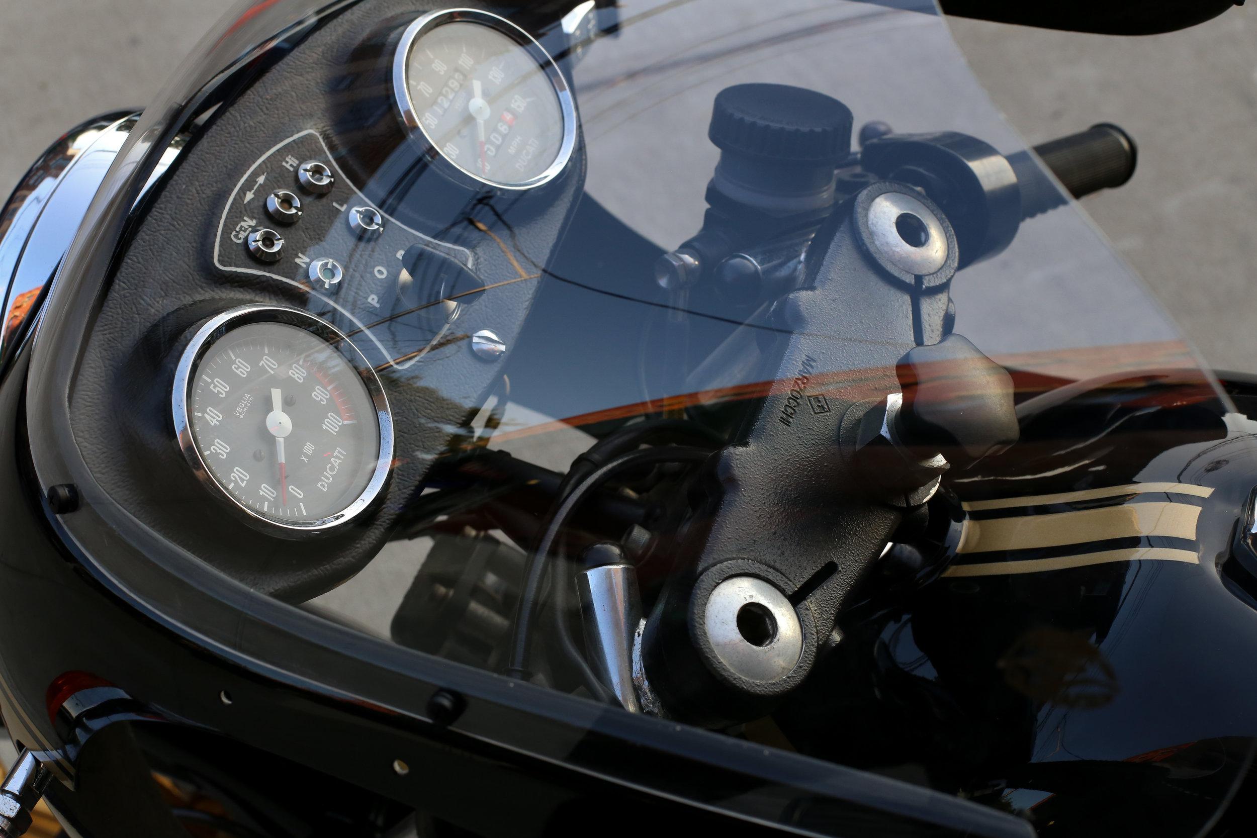 1980 Ducati 900SS windshield