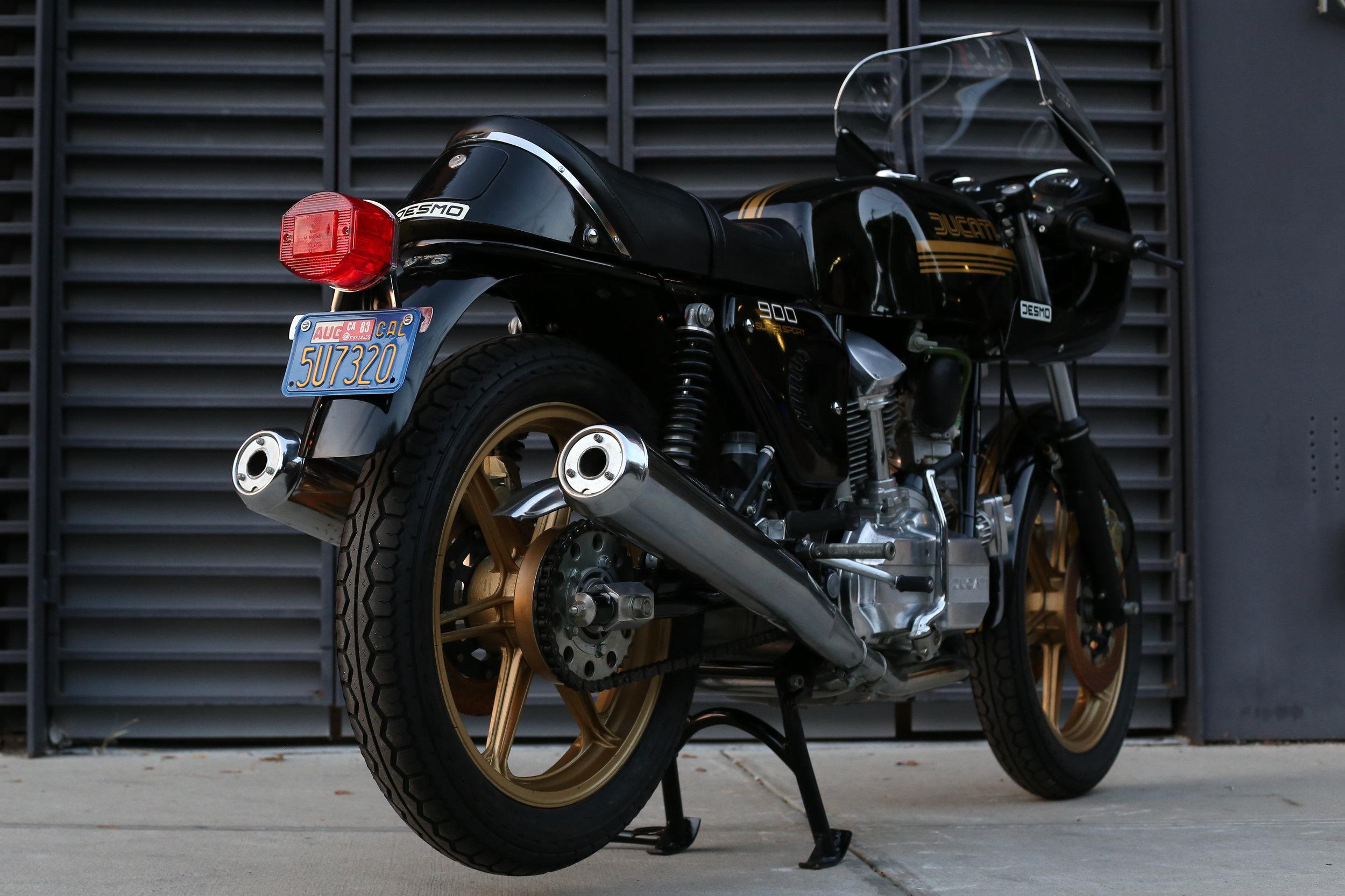 1981 Ducati 900SS blue plate original