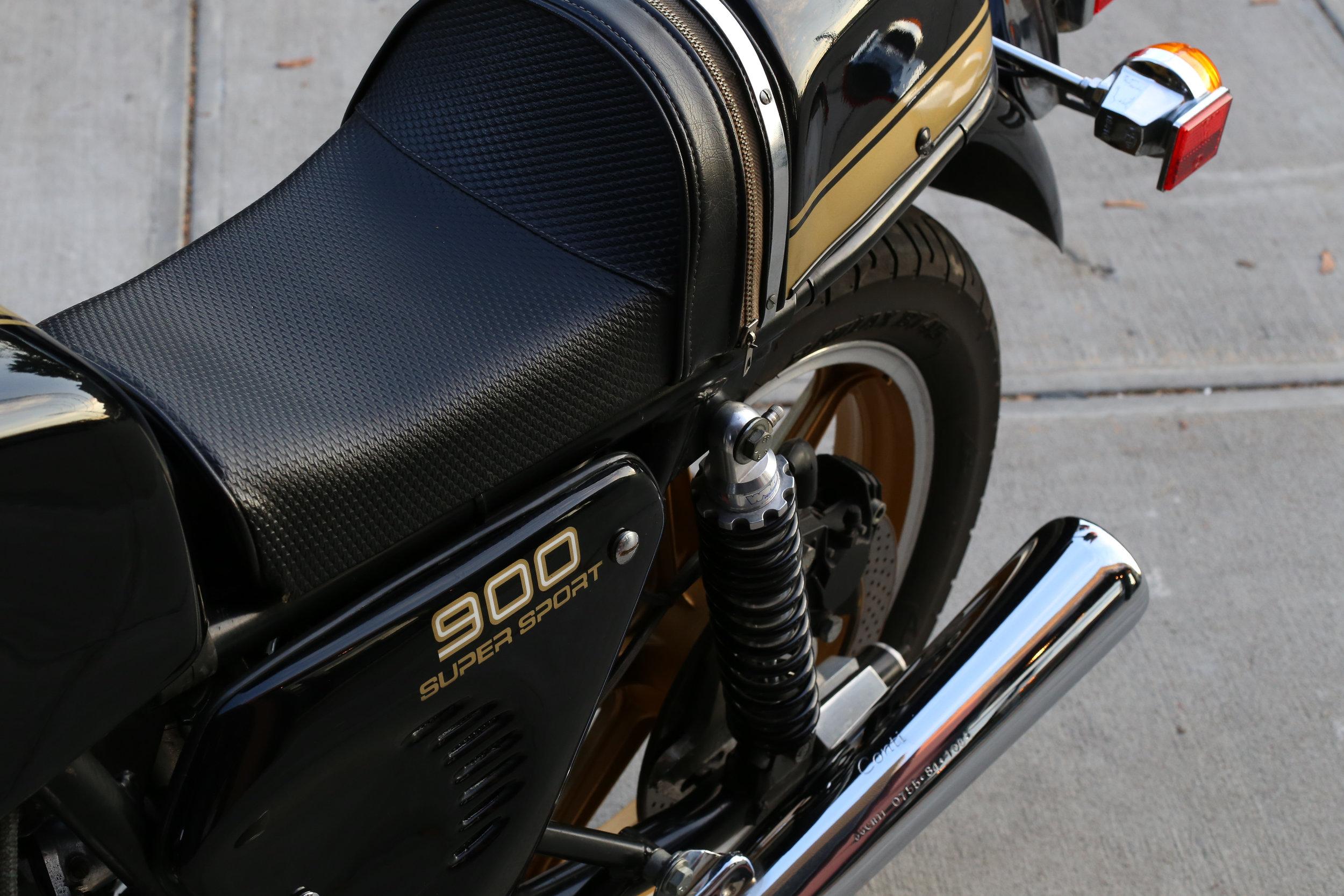 Ducati 900SS seat