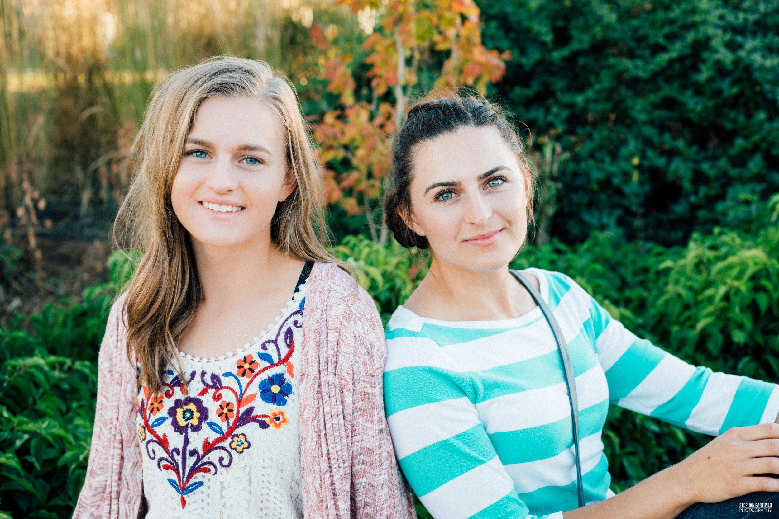 Alona & Anna 0G5A4154.jpg