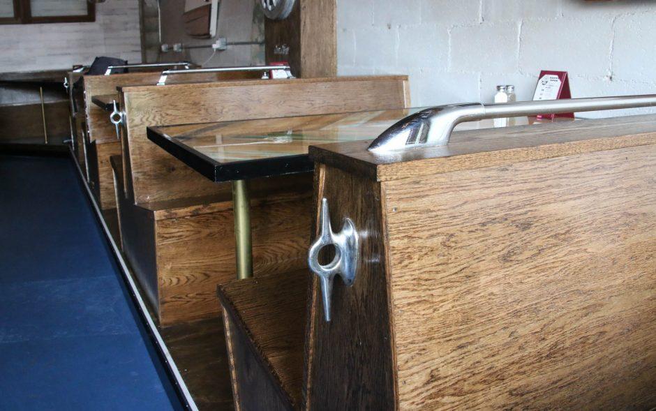 boatbar4-1-e1540602451189.jpg