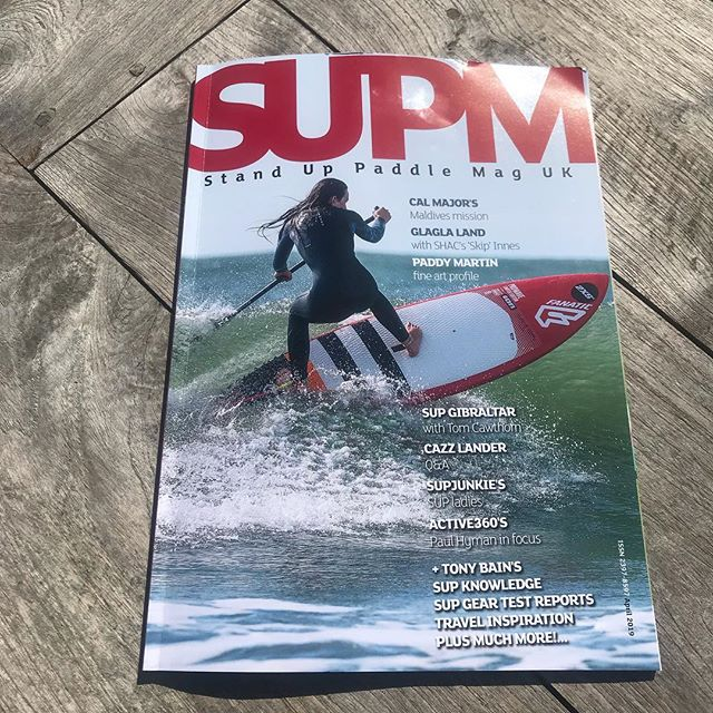 Happy days! Spring must be here - always a good feeling when #supmaguk drops through the door! So much great stuff this month including the fab @supjunkie.uk and @cal_major 👏🏄🏼‍♀️👌 . . . #sup #standuppaddle #suplife #paddleboarding #lovetosup #watersports #suplife #motivation #learntosup