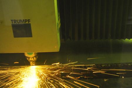 ES Auto LaserPunch 3 450x300.jpg