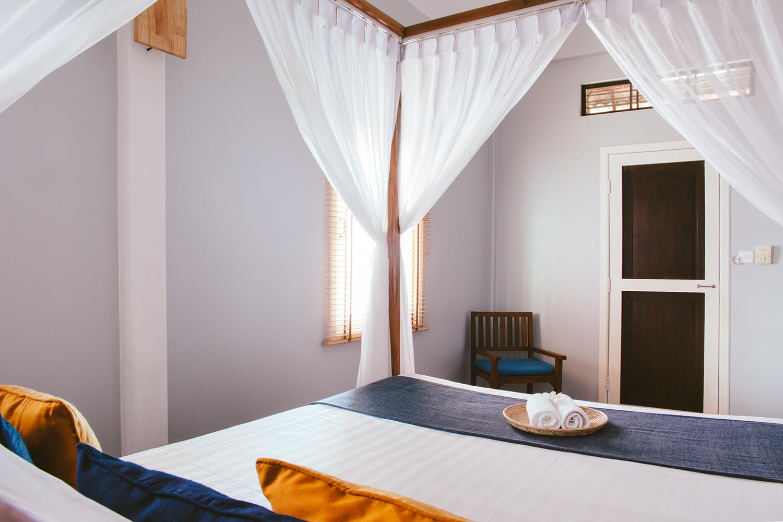 11__HandZaround_House_Jane_Accommodation_in_Siem_Reap_Villa_Cambodia.jpg