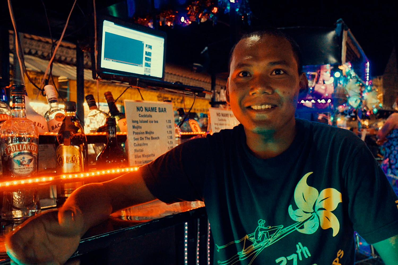Miky No Name Bar Handzaround Alcohol Siem Reap Pub Street Tuk Tuk Bar Drinks