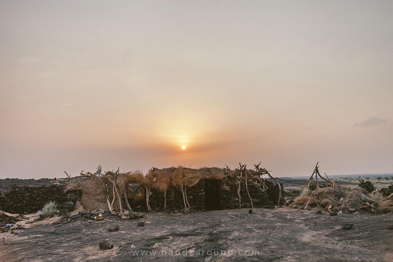 08_Erta_Ale_Volcano_Trek_ETT_Danakil_Depression_Tours_HandZaround_Ethiopia.jpg