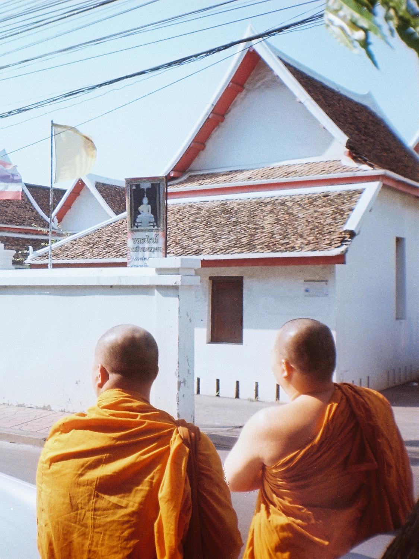 005_HandZaround DiegoGorrion Thailand Cambodia.jpg