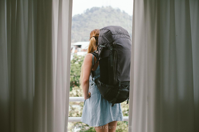 002_HandZaround_What_to_pack_long_term_travel_Resources.jpg