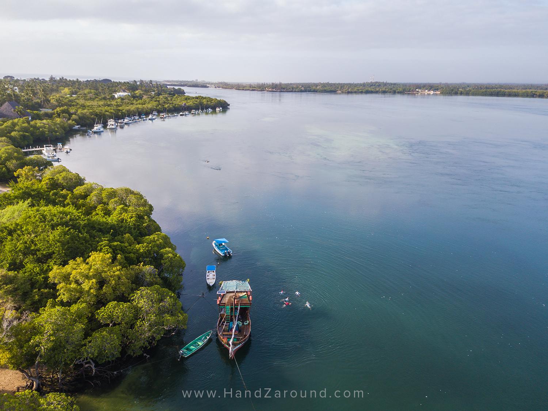 004_SUP_FLOATING_Things_To_Do_In_Watamu_HandZaround_Kenya_Coast_Indian_Ocean_Watamu_Treehouse_Turtle_Watch_Crab_Shack.jpg