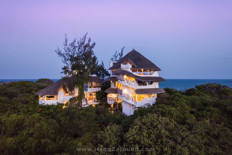 111118_SUP_FLOATING_Things_To_Do_In_Watamu_HandZaround_Kenya_Coast_Indian_Ocean_Watamu_Treehouse_Turtle_Watch_Crab_Shack.jpg
