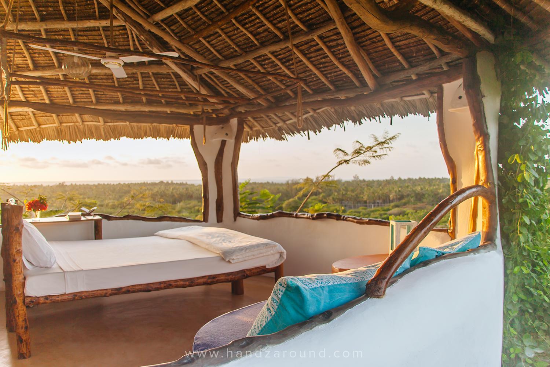 111111_SUP_FLOATING_Things_To_Do_In_Watamu_HandZaround_Kenya_Coast_Indian_Ocean_Watamu_Treehouse_Turtle_Watch_Crab_Shack.jpg