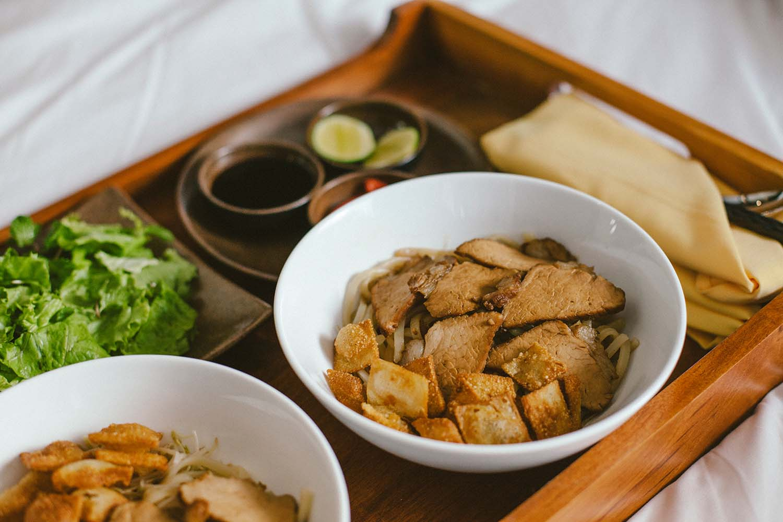 32_HandZaround_Cuisine.jpg