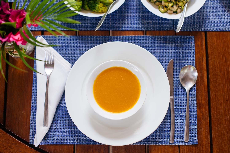 47_HandZaround_Cuisine.jpg