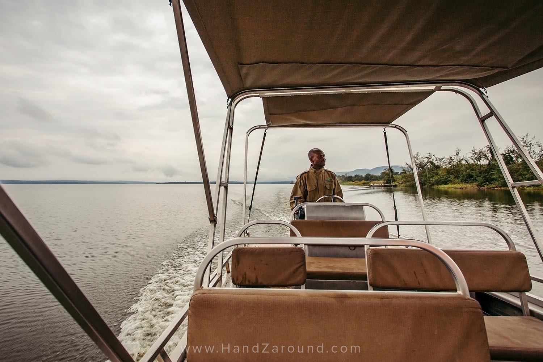 115_HandZaround_Akagera_African_Parks_Rwanda_East_Africa.jpg