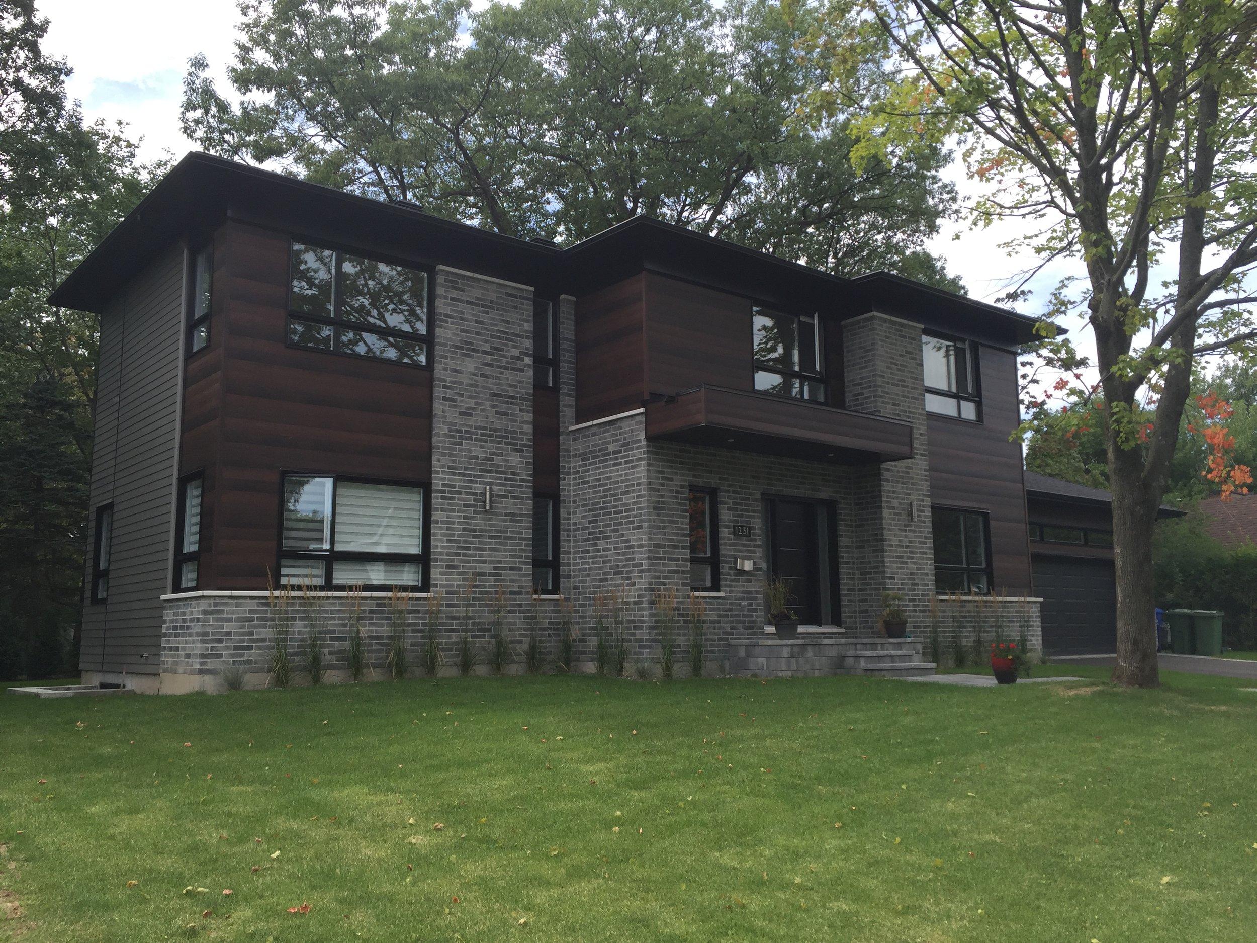 Cottage de style contemporain avec garage double - Sillery