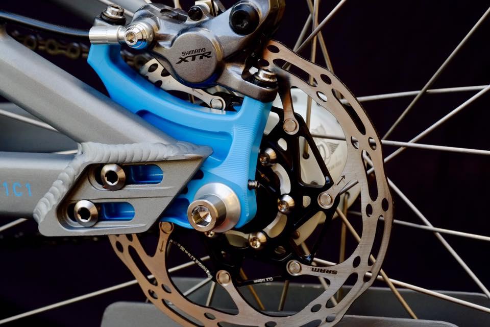 Shimano XTR M9000 Hydraulic Disc Brake + SRAM Two piece Centerline 140mm Rotor