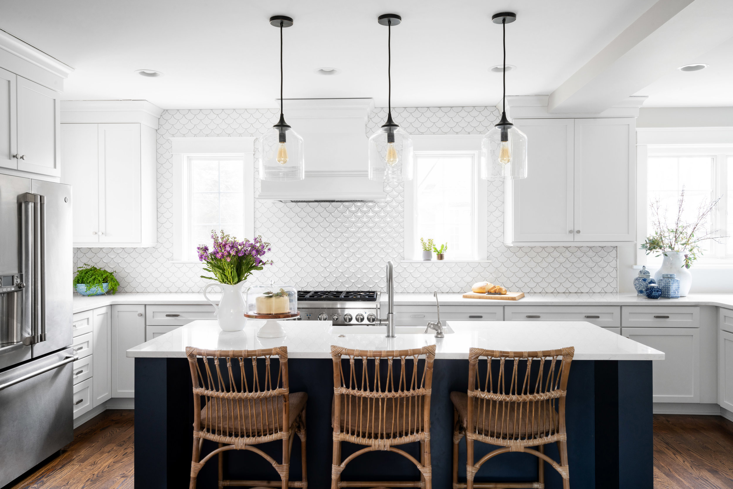 Nantucket Coastal Kitchen and dining rooms -