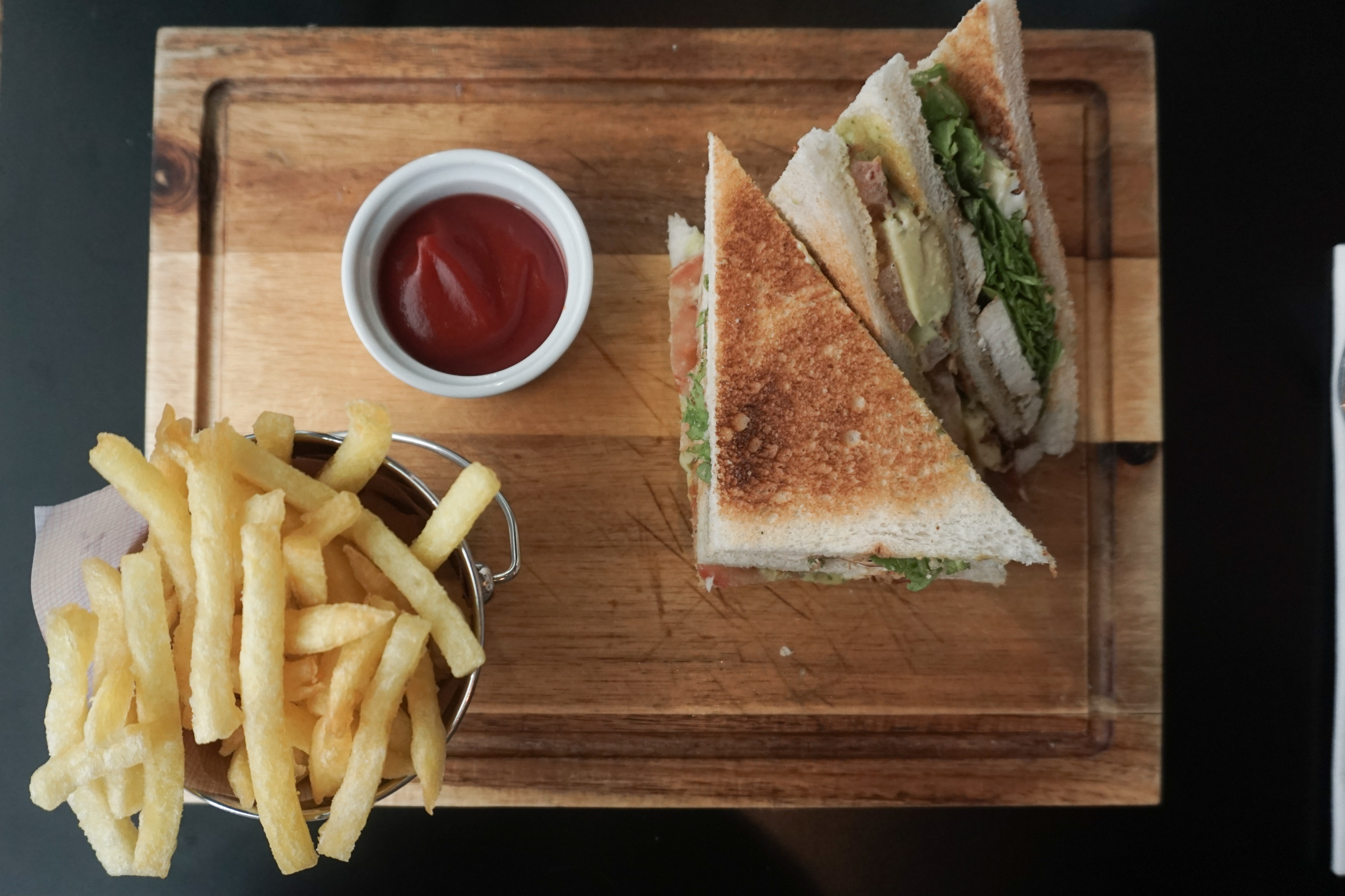 Chicken Club Sandwich: The sandwich looked very good; no wonder, it is their best seller. There are enough choices on sandwiches, including fresh tomato. It was juicy and tasted delicious. I definitely understand why people like it.