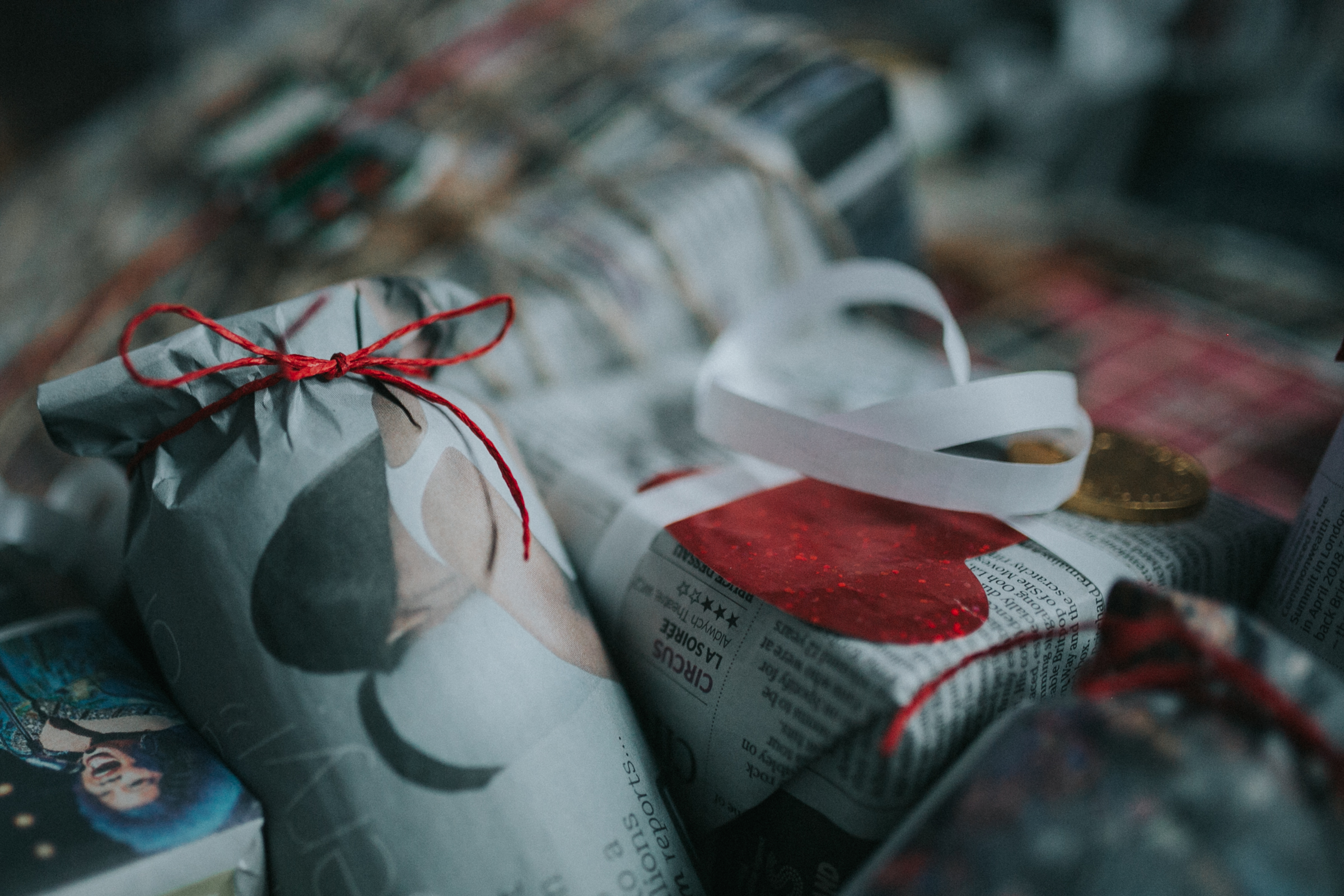 Christmas-gift-wrapping-ideas-minas-planet-minasplanet-how-to-wrap-christmas-presents-diy13.jpg