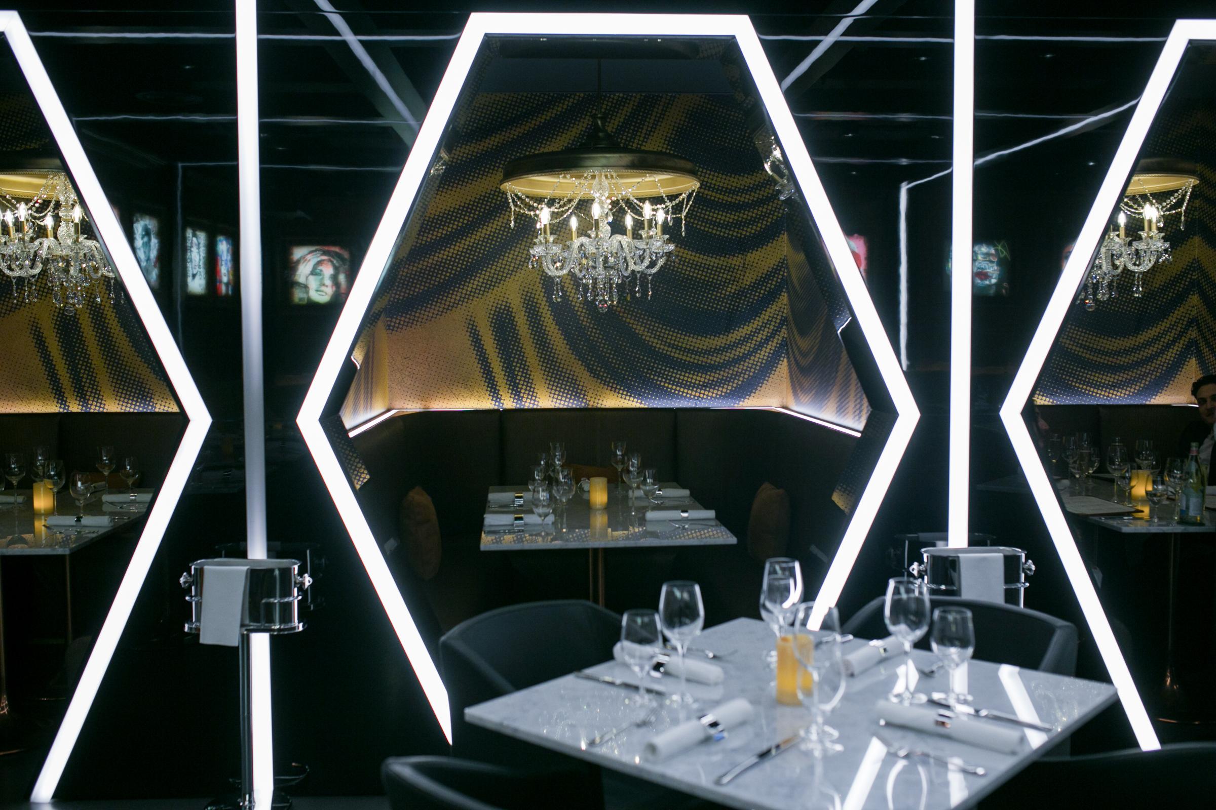 Caramel-restaurant-and-lounge-london-abu-dabi-dubai-oman-new-restaurant-in-london-minas-planet-review-jasmina-haskovic3.jpg