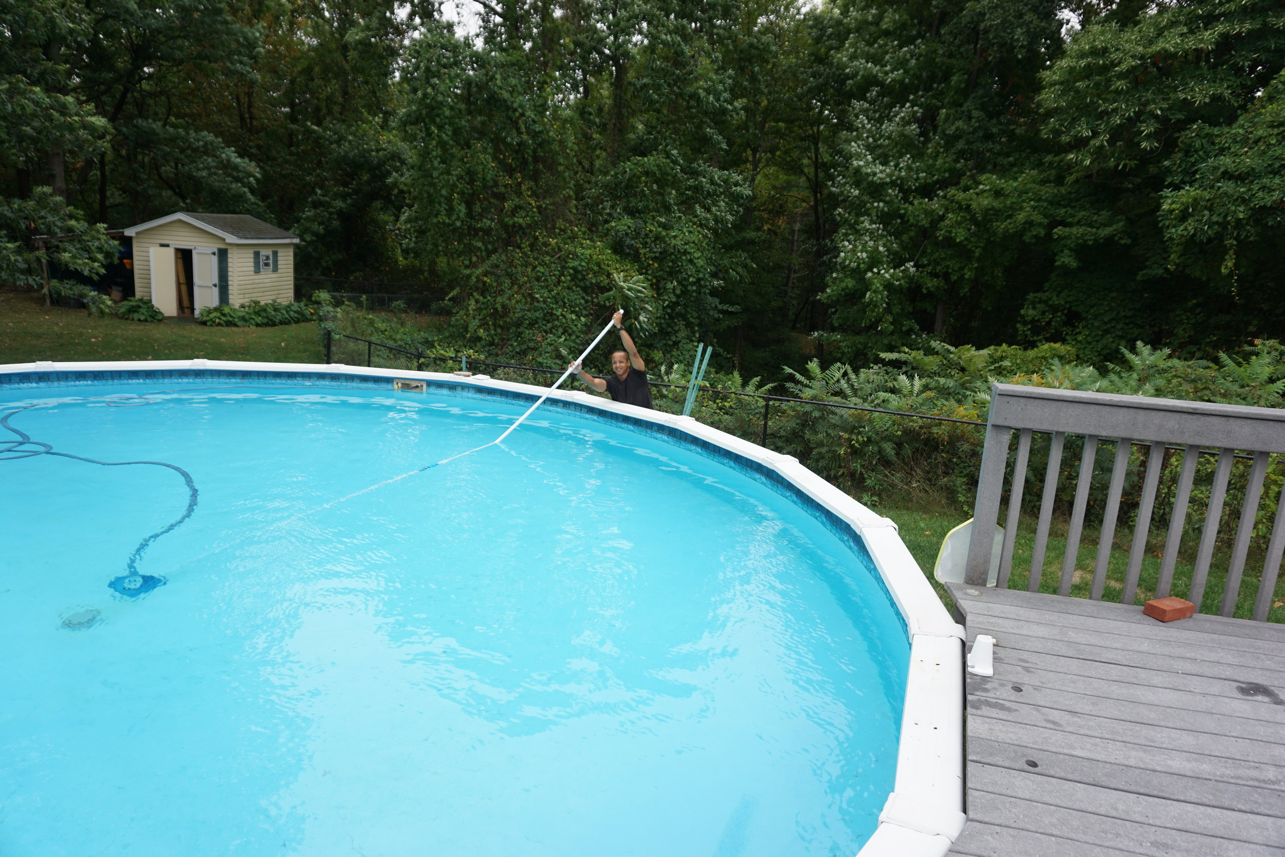 Above-Ground-Pool-Cleaning