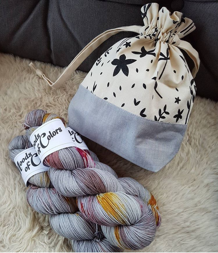 Drawstring Knitting Project Bag   by  @makelig_liv