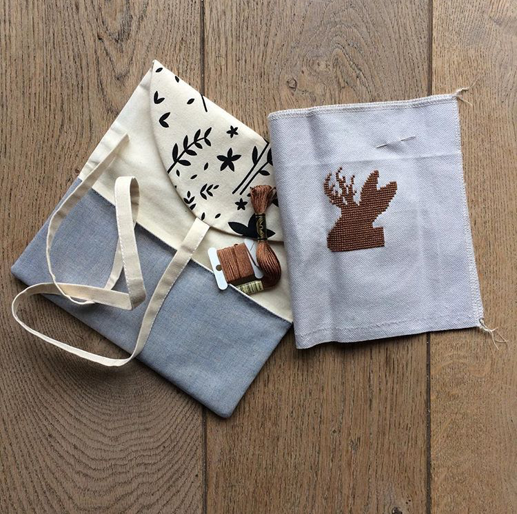Tool Roll Notions Pouch   by  @woolandstitches
