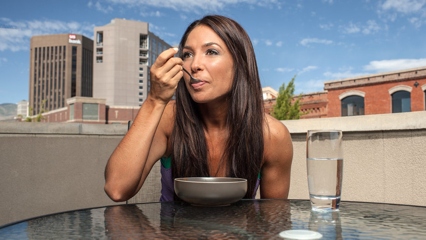 Bodybuilding.com:  3 Keys To Dialing In Your Macronutrient Ratios    Building? Maintaining? Looking to lose some fat? What you eat is as important as how you work out. Craft your macronutrient ratio with these tips!