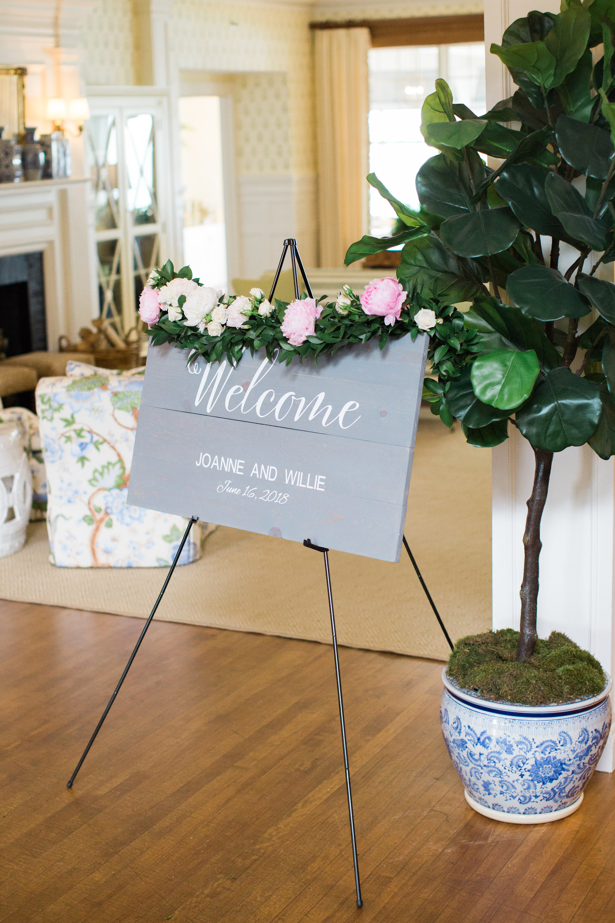 Wedding_Welcome_Sign_Driftwood