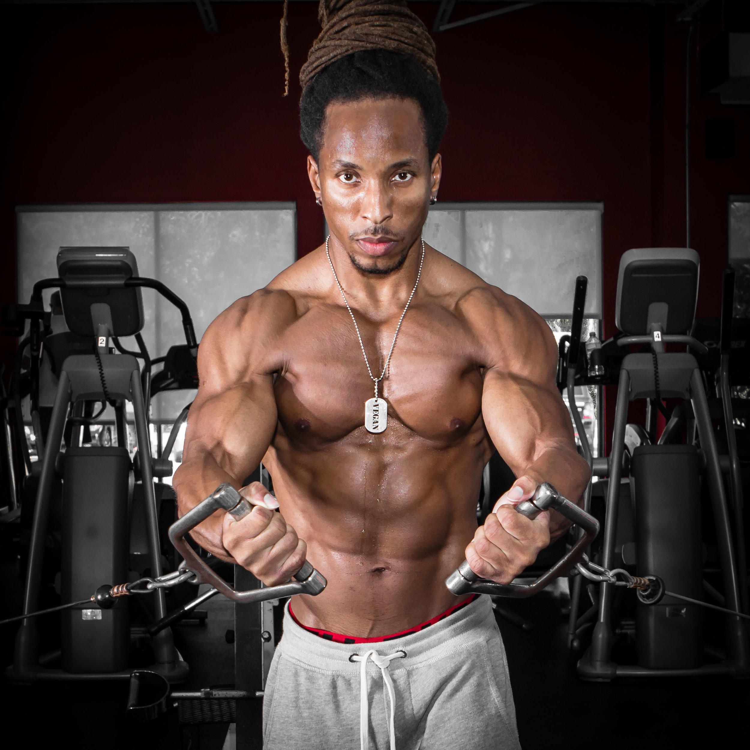 Torre Washington, Vegan and supplement free body builder since 1998