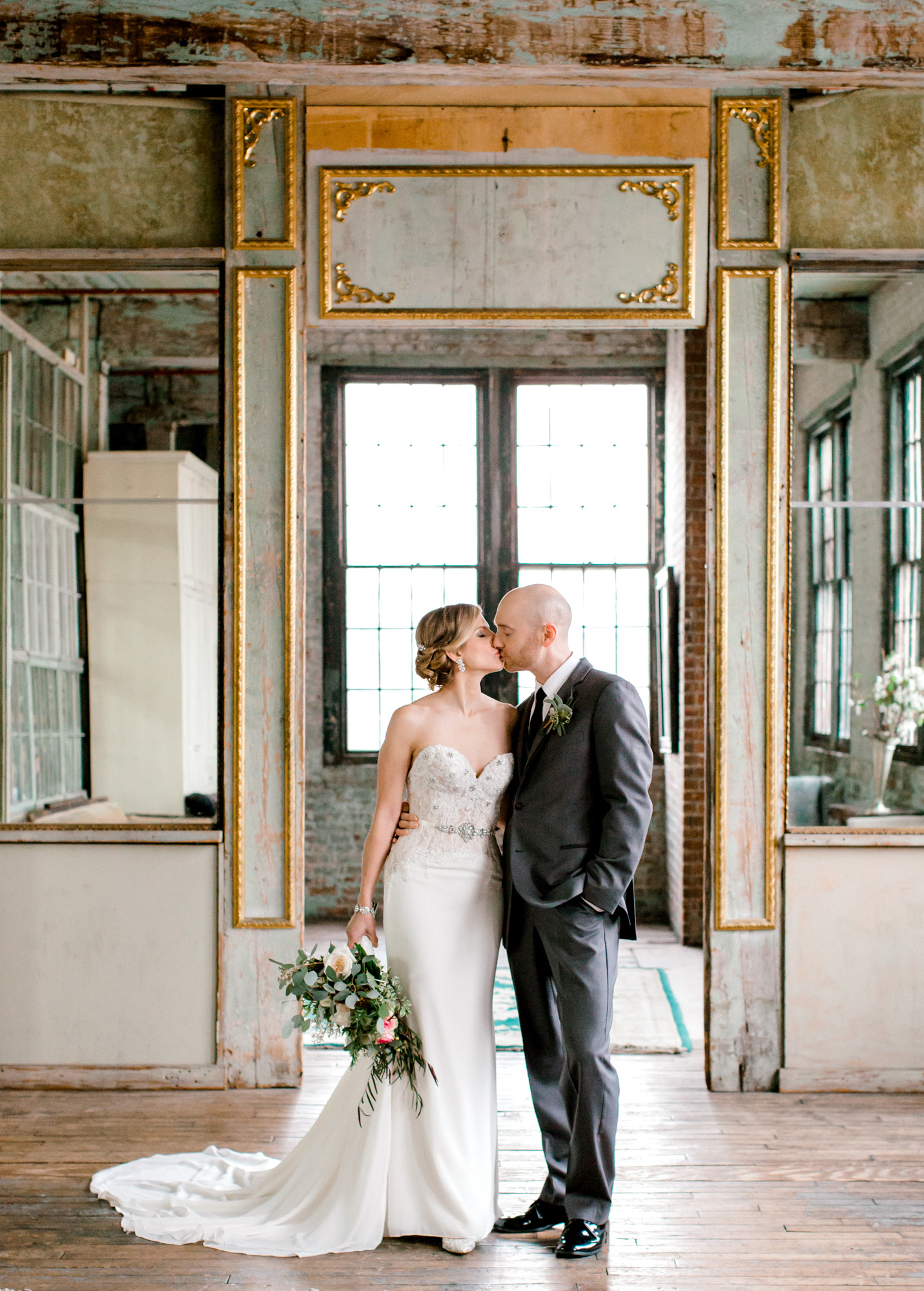 21_Metropolitan_Building_Wedding_LIC_Tanya_Salazar_Photography_001.jpg