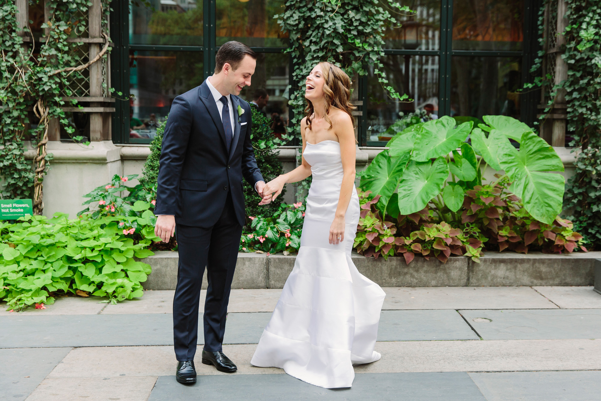 23_Ali_Lloyd_Bryant_Park_Grill_Wedding_NYC_Tanya_Salazar_Photography_150.jpg