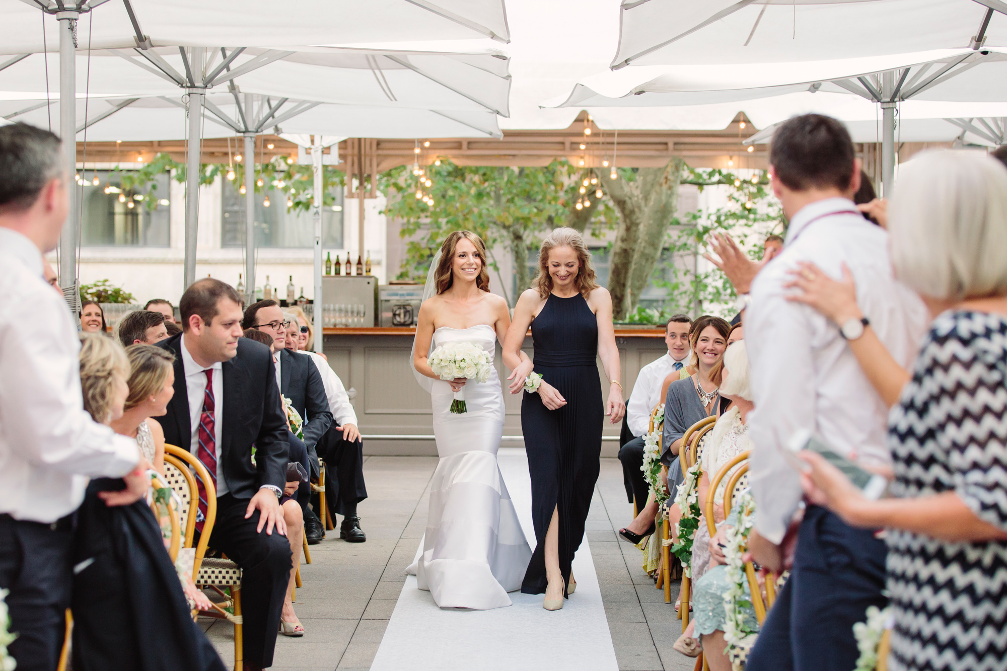 41_Ali_Lloyd_Bryant_Park_Grill_Wedding_NYC_Tanya_Salazar_Photography_424.jpg