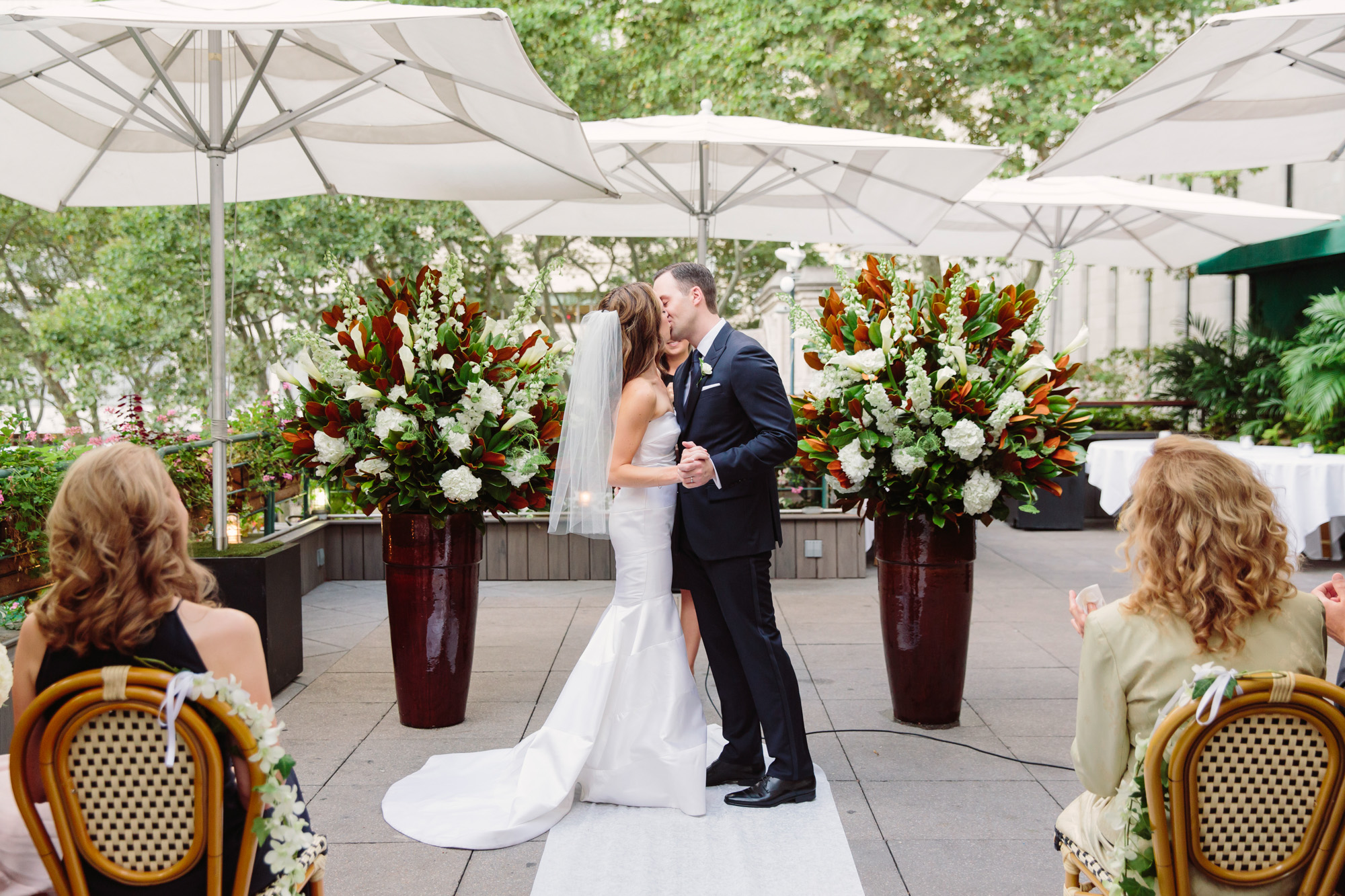 47_Ali_Lloyd_Bryant_Park_Grill_Wedding_NYC_Tanya_Salazar_Photography_474.jpg