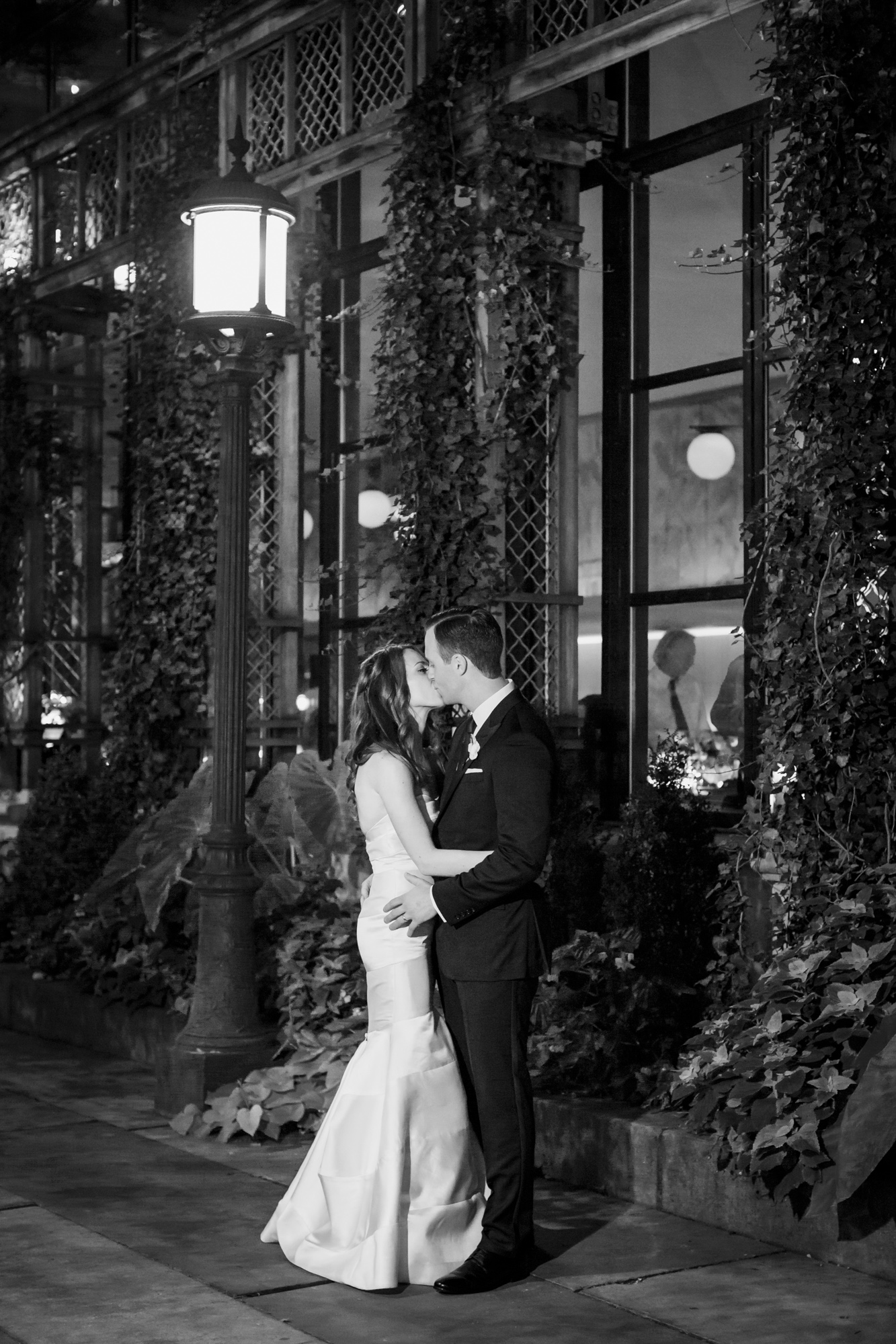 65_Ali_Lloyd_Bryant_Park_Grill_Wedding_NYC_Tanya_Salazar_Photography_306.jpg