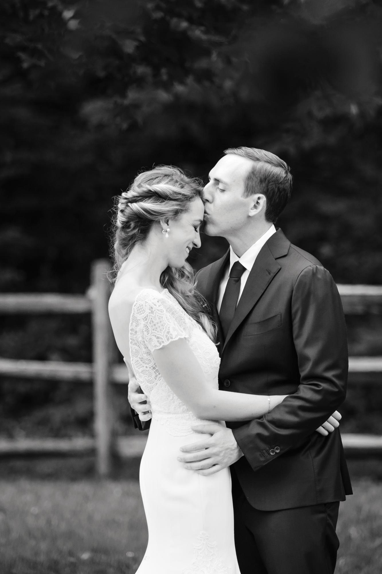 18_Jessica_Ted_Blue_Hill_Stone_Barns_Wedding_Pocantico_NY_Tanya_Salazar_Photography_036.jpg